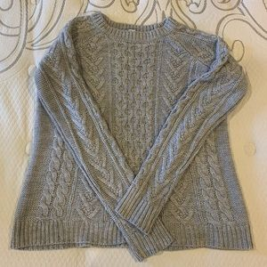 Grey chunky cable knit sweater